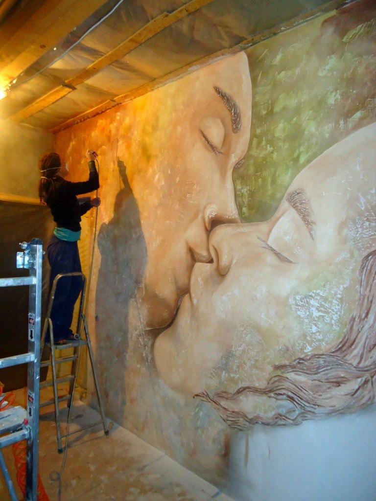 Художественная роспись стен киев. Рельефные панно декоративной штукатуркой. Фрески ручной работы.